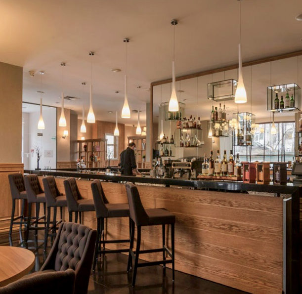 Met Bar – Hotel Metropolitan